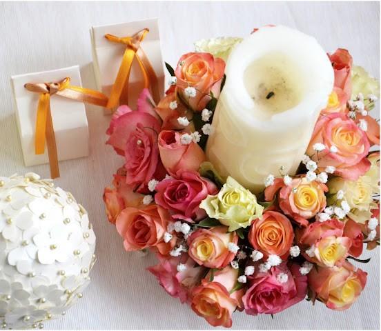 swieca w kwiatach