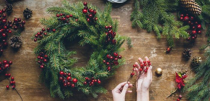 Jak zrobić świąteczny wieniec – prosty tutorial krok po kroku dla każdego
